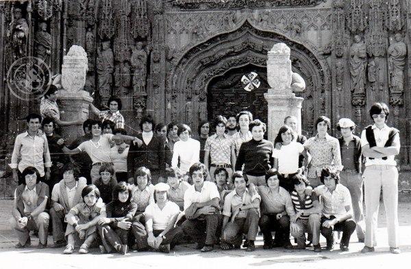 Alumnos del Instituto del Burgo de Osma en excursión a Valladolid, 8 de junio de 1974