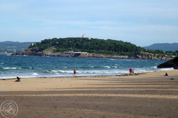 Playa-Sardinero-de-Santander-e-isla-de-Magdalena