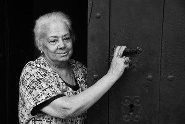 Mujer en el Algarve - Fotografía de Jesús María Muñoz Monge