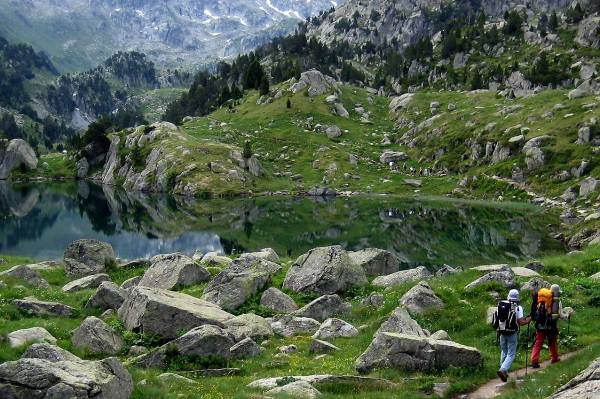 Senderismo en montes de Valle de Boi