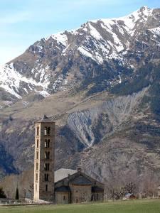 Iglesia románica en Valle de Boi 5