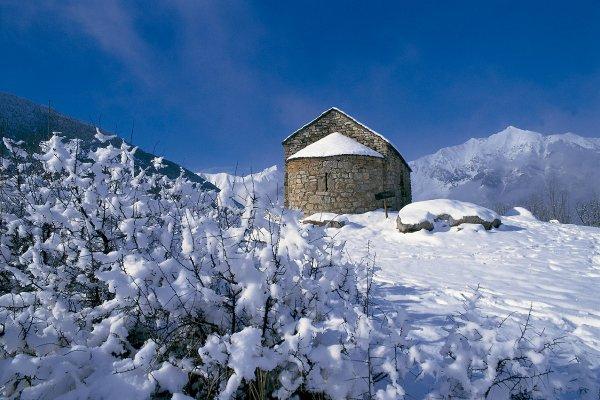 Romanico-de-Buill-y-nieve