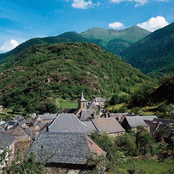 Turismo familiar en primavera en valle de ar n viajes y - Inmobiliaria valle de aran ...