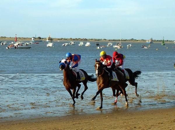 Carreras-de-caballos-en-la-playa-de-Sanlúcar-de-Barrameda