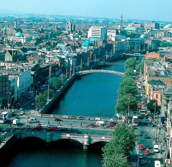 Dublin-vista-rio-y-puentes