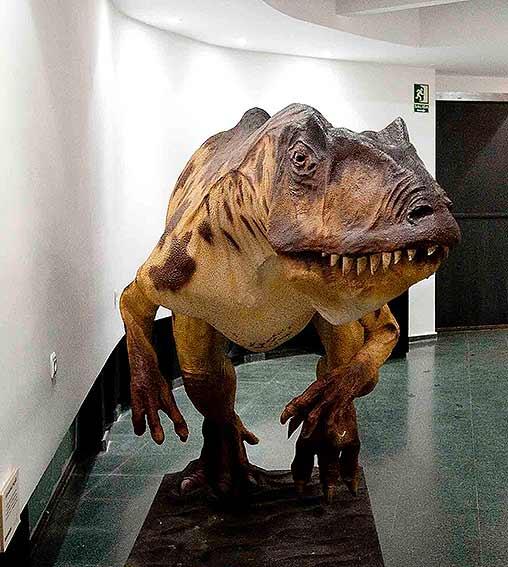 Dinosaurio en Museo de Salas de los Infantes. Foto: Miguel Muñoz Romero