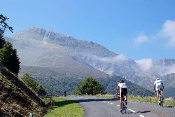 Ciclismo-por-el-Roncal---Foto-Reyno-de-Navarra