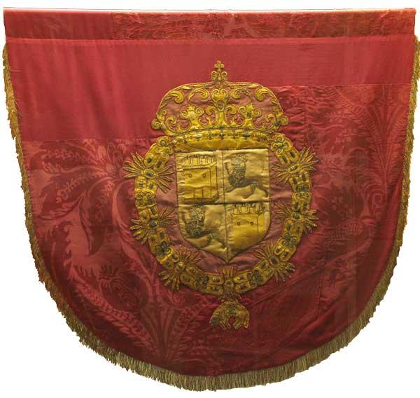 No quedan vestigios del pendón de Soria durante el Antiguo Régimen. Éste de Medina del Campo, de 1666, puede dar una idea (foto tomada de http://www.museoferias.net/abril2001.htm)